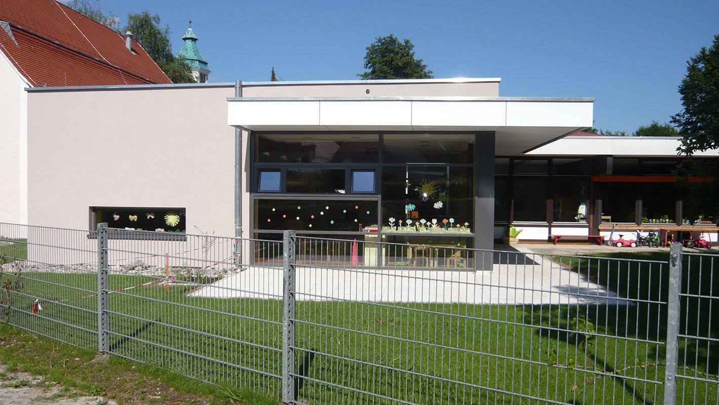 Kindergarten St. Christophorus Grünkraut, Aussenansicht