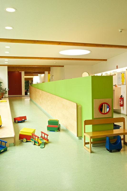 Kindergarten St. Raphael, Flur