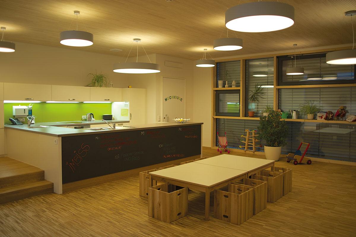 Kinderhaus Papperlapapp, Küche und Essbereich
