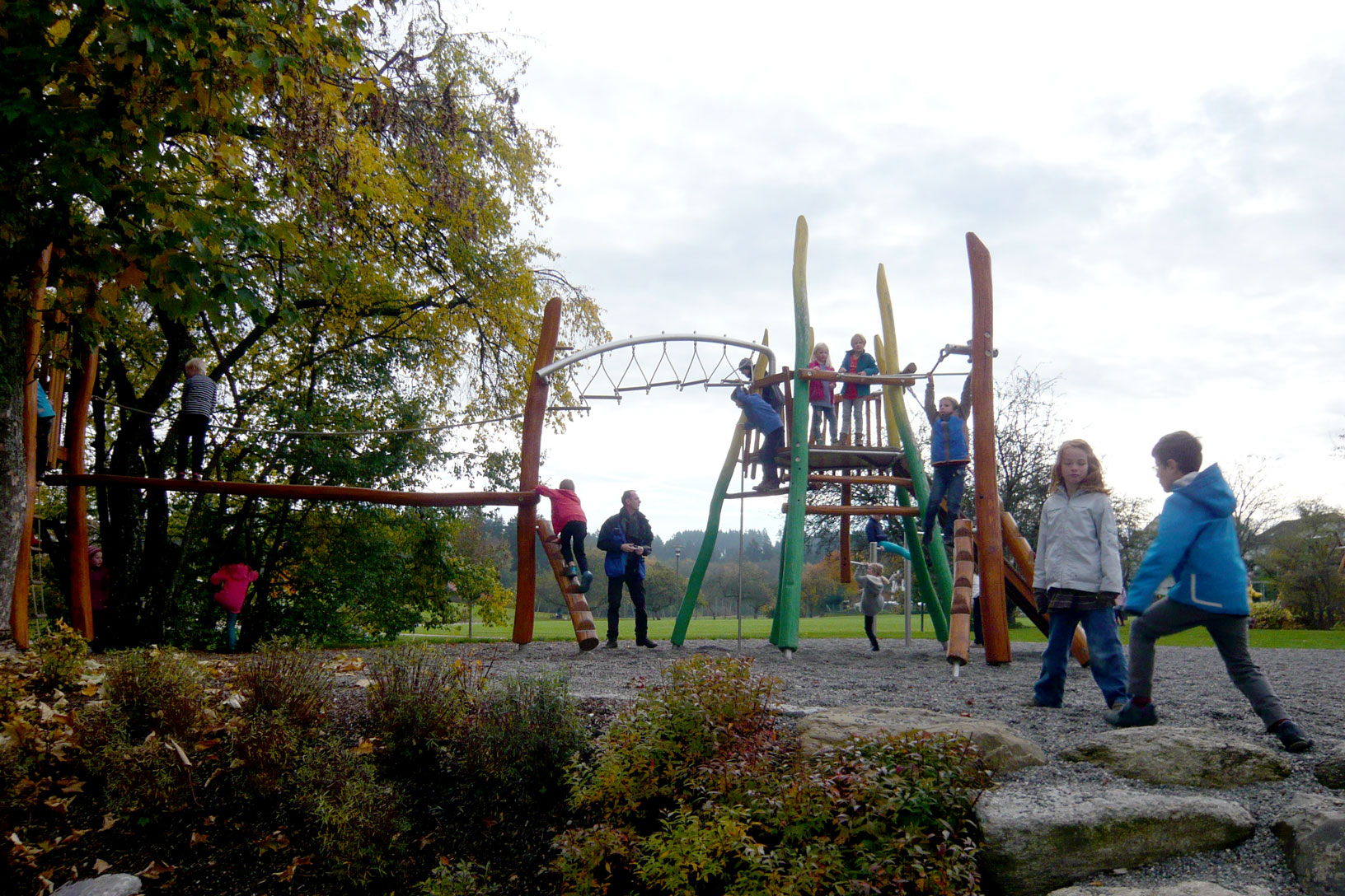 Pausenhof Grundschule Grünkraut, Klettergerüst