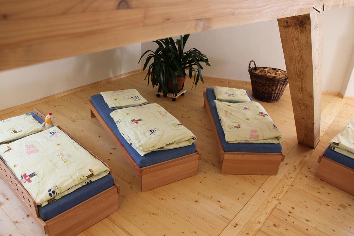 Kindergarten St. Maria Unterankenreute, Schlafbereich mit Betten